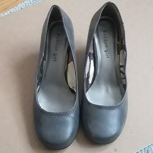 Madden Girl Rubu shoes in grey paris